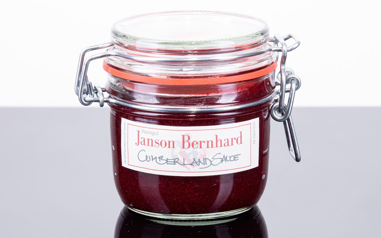 Zellertaler Bio-Cumberland-Sauce mit Wildpreiselbeeren von Demeter-Winzerin Christine Bernhard